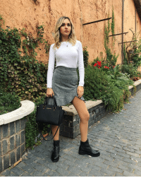 Dove, Fashion, and Love: Date voi un titolo a questa foto dove provo una classica foto da fascio bló!? Qualcosa che abbia a che fare con l'autunno 🍁 picoftheday ootd photooftheday love autumn fashion fashionblogger