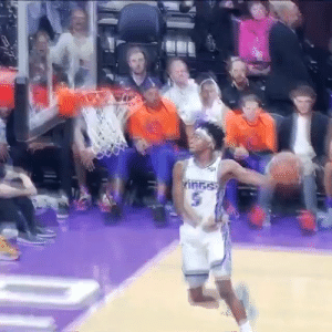 Memes, 🤖, and Fox: De'Aaron Fox with the steal and windmill!  https://t.co/rS7woS6TlC