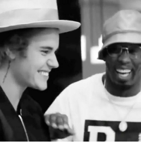 Diddy gives JustinBieber his first shot of that DeLeon Tequila! 😂👍💯 @IAmDiddy WSHH: Diddy gives JustinBieber his first shot of that DeLeon Tequila! 😂👍💯 @IAmDiddy WSHH