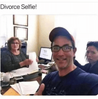 Funny, Memes, and Selfie: Divorce Selfie! @frenzo_memes is the funniest page on IG LMFAO 😂🤦🏼‍♂️