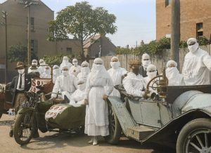 Doctors dressed up as Ghosts for Halloween 1918: Doctors dressed up as Ghosts for Halloween 1918
