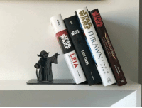 Tumblr, Yoda, and Lost: DREW  DYNASTY OF EVIL  THRAWN  TIMOTHY  Z A HN  LOST STARS  LEIA  GRAY  ARS  of ofcoursethatsathing:[this Yoda bookend]