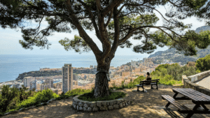 Driving in Monaco was aweful and i took MANY wrong turns. One of them led me to this view...: Driving in Monaco was aweful and i took MANY wrong turns. One of them led me to this view...