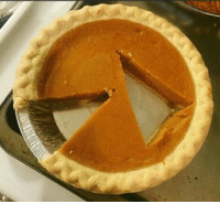 Dude imagine me going to your Thanksgiving party and cutting your pumpkin pie like this: Dude imagine me going to your Thanksgiving party and cutting your pumpkin pie like this