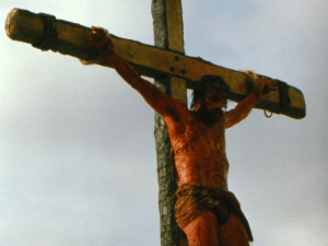 During the crucifixion scene in Passion of the Christ . Jim Caviezel was struck by lightening, freak accident of divine intervention?: During the crucifixion scene in Passion of the Christ . Jim Caviezel was struck by lightening, freak accident of divine intervention?