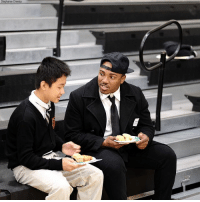 Community, Memes, and School: e Drenka A Dallas middle school asked for volunteers to attend a father-son event for students who may not have a father figure. Boy, oh boy - did men in the community come through! Six hundred volunteers showed up to mentor kids.