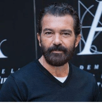 Forget Kylie Jenner's birthday, Antonio Banderas turns 55! Legend TheLADbible: E L Forget Kylie Jenner's birthday, Antonio Banderas turns 55! Legend TheLADbible