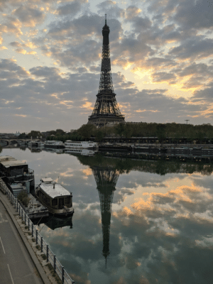 Easily the best picture I've ever taken: Paris at dawn this morning: Easily the best picture I've ever taken: Paris at dawn this morning