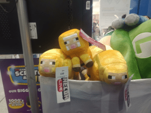 Fye, Live, and Water: eer  eSE  aloanoo inelttoaov  aewaxxY  EBGAM  SC T  $38  PLUSH MINEC GOLD SHEEP 10IN  (751) 253101 PO  OUR BIGG  1000's  OF PRIZES TO  BE WON!  DAYS  LIOE  EB00038528  NECDN  LIVE  Mode U ow  Fye dD  AV20-  RAGNALAraiA  cee Council of Water sheep