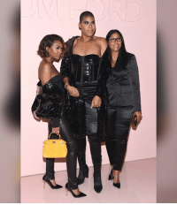 Elisa, EJ and Cookie Johnson at the Tom Ford Spring-Summer 2018 Runway Show during New York Fashion Week (swipe): Elisa, EJ and Cookie Johnson at the Tom Ford Spring-Summer 2018 Runway Show during New York Fashion Week (swipe)