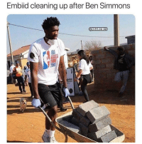 Nba,  Ben, and  Cleaning: Embiid cleaning up after Ben Simmons  @NBAMEMES  BAME  2018  bitat Yooooo 😭😂