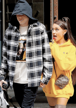 Ariana Grande, Chelsea, and Jealous: emp  OEL GRA dangerouswomans:Ariana Grande and Pete Davidson out in Chelsea, NYC, June 20th, 2018 she looks so ready to take that ten incher im so jealous of her ugh