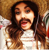 I think I suit a tash 😂 selfie mexico: es3 ...... ......a  A?) I think I suit a tash 😂 selfie mexico