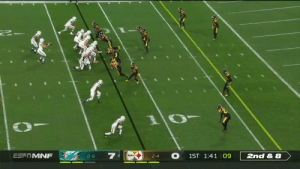 Allen Hurns muscles his way in for another @MiamiDolphins TD! 💪@A1hurns #FinsUp  📺: #MIAvsPIT on ESPN 📱: NFL app // Yahoo Sports app Watch free on mobile: https://t.co/6BUh9hgbzX https://t.co/u6LyAzPu3i: ESFTMNF  1ST 1:41 09  2nd & 8  0-6  2-4 Allen Hurns muscles his way in for another @MiamiDolphins TD! 💪@A1hurns #FinsUp  📺: #MIAvsPIT on ESPN 📱: NFL app // Yahoo Sports app Watch free on mobile: https://t.co/6BUh9hgbzX https://t.co/u6LyAzPu3i