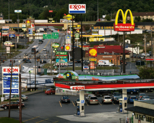 McDonalds, Target, and Tumblr: EXXON  UNOC  GIFTS & SOUVENI McDonald's  staurant  PETRO 2  427 glubtier: catbountry:  intercal:  This is the American Gothic. If you've never been to the USA, this image sums it up pretty well.    #I feel like I've driven past this before#been exactly here#but at the same time I'm not sure   Same, actually.  I had to find out where this really was because looking at it, I felt like I knew exactly where it was. It turns out it's in Breezewood, PA, and i have never been there, which only serves to highlight the OP's point.