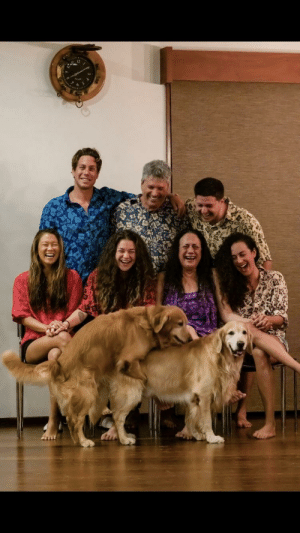 Family photo gone wrong.: Family photo gone wrong.