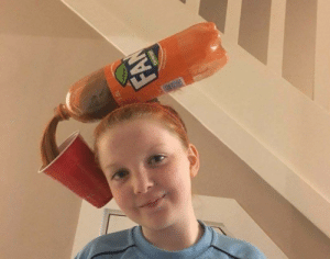 Greatest costume for redheads: FAN  pe Greatest costume for redheads