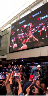 Patriots owner Robert Kraft dancing with Cardi B on stage 😂 (via @TaylorRooks) https://t.co/fnzGtAzeTK: Fanat  Fanatics FanaticsFanatics Patriots owner Robert Kraft dancing with Cardi B on stage 😂 (via @TaylorRooks) https://t.co/fnzGtAzeTK