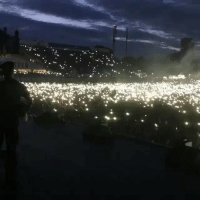 Fans started lighting fireworks in the crowd while Tory Lanez was performing! 😳🔥 @torylanez https://t.co/hwWU3w31BJ: Fans started lighting fireworks in the crowd while Tory Lanez was performing! 😳🔥 @torylanez https://t.co/hwWU3w31BJ