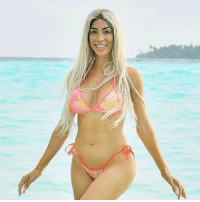 Boxing, Farrah Abraham, and Memes: Farrah Abraham traded a boxing match for a mellow day in the Maldives but didn't really hang up her gloves. tmz farrahabraham mtv maldives @farrah__abraham 📷MEGA
