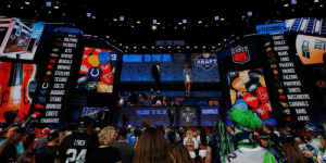 If the 2020 @NFLDraft were today...  Where would YOUR team pick: https://t.co/OLfciawKqU https://t.co/wdxjFhCHkT: FEATURING  FEATURING  CUWDUTS  DILLJ  GIANTS  EAGLES  O REDSKINS  C BEARS  A LIONS  G PACKERS  * VIKINGS  FALCONS  PANTHERS  * SAINTS  BUCCANEERS  CARDINALS  9 RAMS  - DOLPHINS  PATRIOTS  TAKE TIE STAGE  JETS  - RAVENS  1E BENGALS  NFL  W ELCOME TO THE NFL  NFL  DRAFT  BROWNS  O STEELERS  TEXANS  U COLTS  * JAGUARS  O TITANS  BRONCOS  WELCOME TO THE NFL  CHIEFS  49FRS  CHARGERS  LYNCH  hu If the 2020 @NFLDraft were today...  Where would YOUR team pick: https://t.co/OLfciawKqU https://t.co/wdxjFhCHkT