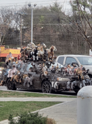 feniczoroark:  shitty-car-mods-daily:  Jeeze   @randomnightlord Look at all that horsepower    Brony Mobil: feniczoroark:  shitty-car-mods-daily:  Jeeze   @randomnightlord Look at all that horsepower    Brony Mobil