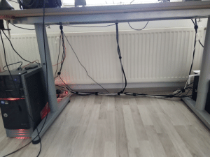 Finally did some cable management and wanted to share my satisfaction. It's not the cleanest in the world but you can maybe imagine how it looked like before the cable ties...: Finally did some cable management and wanted to share my satisfaction. It's not the cleanest in the world but you can maybe imagine how it looked like before the cable ties...