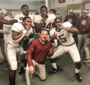 Butch Jones Will Remain An Intern For The 2019 Season - Barstool Sports: Flex Butch Jones Will Remain An Intern For The 2019 Season - Barstool Sports