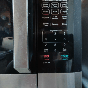 For Daylight Savings I had to change the time on my Black& Decker microwave can you find the manufacturing flaw: For Daylight Savings I had to change the time on my Black& Decker microwave can you find the manufacturing flaw