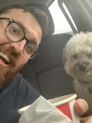 Found Richy playing on the road. We got KFC while waiting for her owner to call back.: Found Richy playing on the road. We got KFC while waiting for her owner to call back.