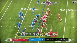 This is a real life Madden glitch https://t.co/AVoPWiqZEv: FOX  1T & 1G  ist & 10  2-0-1 10  15  3-0 3  2nd 11:17  LIONS  CHIEFS This is a real life Madden glitch https://t.co/AVoPWiqZEv