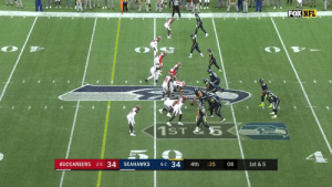 .@DangeRussWilson gets the @Seahawks in field goal range. 22 seconds remaining.  📺: FOX 📱: NFL app // Yahoo Sports app Watch free on mobile: https://t.co/GjhTr4sGG6 https://t.co/LIqQryhJJY: FOX NFL  1ST&5  BUCCANEERS 2-5 34  6-2 34  SEAHAWKS  4th  :35  08  1st & 5 .@DangeRussWilson gets the @Seahawks in field goal range. 22 seconds remaining.  📺: FOX 📱: NFL app // Yahoo Sports app Watch free on mobile: https://t.co/GjhTr4sGG6 https://t.co/LIqQryhJJY