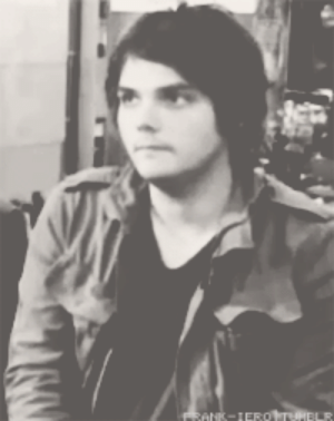 frank-iero:  New reaction gif to everything tbqh. : frank-iero:  New reaction gif to everything tbqh.