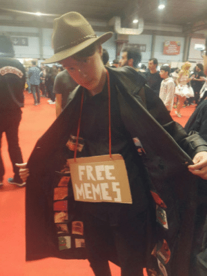 Dank, Memes, and Free: FREE My friend at ComicCon Porto! He has got some dank memes