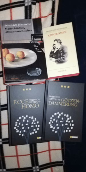 I recently got really into philosophy and kinda mentioned it at some point. My dad remembered. Such a nice Christmas gift.: Friedrich Nietzsche  Menschliches,  Allzumenschliches  FRIEDRICH NIETZSCHE  APHORISMEN  Ein  Buch  für  freie  Geister  PANOPAMA  ANACONDA  ...  FRIEDRICH  NIETZSCHE GÖTZEN-  ECCE  FRIEDRICH  ENIETZSCHE  DÄMMERUNG  НOMO  NI  NIKOL I recently got really into philosophy and kinda mentioned it at some point. My dad remembered. Such a nice Christmas gift.