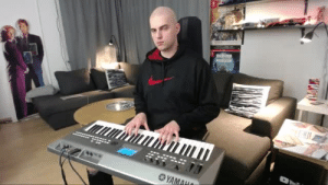 frigidfrappuccino:  setheverman: foottickl3rguy:  toeluva:   setheverman:   when you're a romantic pianist but also a gamer  I want my face to be his fucking foot pedal   I'd love a chance to even see his bare feet… then find out if they're ticklish, of course.  thank you toeluva and foottickl3rguy glad you liked my piano video  The foot fetishists have invaded: frigidfrappuccino:  setheverman: foottickl3rguy:  toeluva:   setheverman:   when you're a romantic pianist but also a gamer  I want my face to be his fucking foot pedal   I'd love a chance to even see his bare feet… then find out if they're ticklish, of course.  thank you toeluva and foottickl3rguy glad you liked my piano video  The foot fetishists have invaded