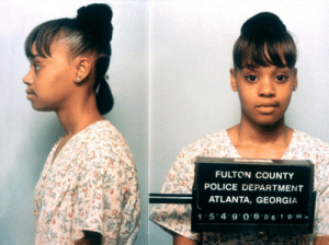 """thecornerstorecriminal:  In 1994, Lisa """"Left Eye"""" Lopes was arrested for burning down the home of her former boyfriend, Andre Rison. : FULTON COUNTY  POLICE DEPARTMENT  ATLANTA, GEORGIA  15*4'9 0 6 061 04- thecornerstorecriminal:  In 1994, Lisa """"Left Eye"""" Lopes was arrested for burning down the home of her former boyfriend, Andre Rison."""