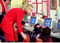 Funny, Hillary Clinton, and How To: g-上  郵: Hillary Clinton teaching kids how to use the delete button