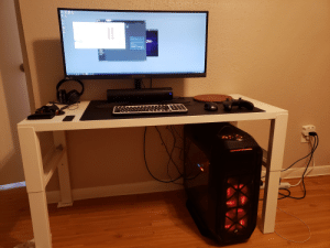 Girlfriend, Battlestation, and New: Gams  PREDAIOP  O  G-SYNC  7 Just Moved Into New Apartment with Girlfriend, Modest Battlestation.