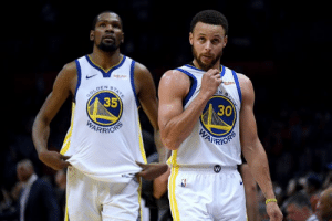 "Golden State, Gold, and Fiddle: ge  uten  EN S  STATE  GOLD  35  DEN  30  WARRION  PARIORS KD reportedly felt like a ""distant second fiddle"" to Steph in Golden State, per Marc J. Spears"