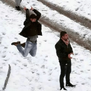 Dunk, Head, and Tumblr: generation-something: charlesoberonn:  This image is way funnier considering that this is Egypt and this snow was the first snow they got in 112 years.  this man has waited 112 years to SLAM DUNK that snowball on this man's head