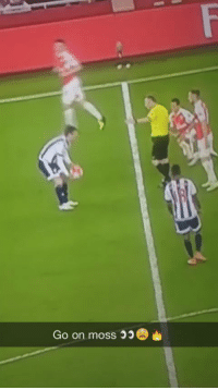 Soccer, Best, and Today: Go on moss Referee Jon Moss nutmegging Alexis Sanchez is the best thing you'll see today... https://t.co/b4gGjCdlD5