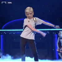 Arsene Wenger's doing his NEW CONTRACT DANCE Turn it up! 😂😂 @instatroll.soccer Music : Saturday Night Live Video: goal.com: GOAL Arsene Wenger's doing his NEW CONTRACT DANCE Turn it up! 😂😂 @instatroll.soccer Music : Saturday Night Live Video: goal.com