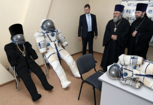 goodboydeathsquad:  spaceexp:  There is a cosmonaut space suit that has been developed in Russia especially for the use by Orthodox church priests while their (possible) space trips.    Mars is orthodox, The moon is catholic: goodboydeathsquad:  spaceexp:  There is a cosmonaut space suit that has been developed in Russia especially for the use by Orthodox church priests while their (possible) space trips.    Mars is orthodox, The moon is catholic