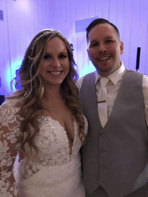 """Got a """"superlike"""" a few years ago from a girl that had just gotten Tinder a couple days before. I was her first and only Tinder date. On 10/12/19 we said """"I do"""": Got a """"superlike"""" a few years ago from a girl that had just gotten Tinder a couple days before. I was her first and only Tinder date. On 10/12/19 we said """"I do"""""""