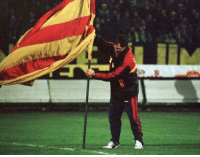 "Riot, Soccer, and The Middle: Graeme Souness on Mourinho's celebrations last night: ""He could've caused a riot.""  Mick McCarthy's response: ""You stuck a Galatasary flag in the middle of Fenerbahce's pitch!""  😂😂 https://t.co/isls7adMng"