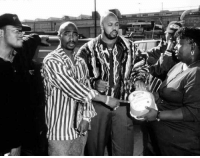 Gucci, Suge Knight, and Tumblr: gucci-flipflops:  On November 21 1995 the Legendary Tupac, Tha Dogg Pound, Suge Knight and Danny Boy gave out 2000 turkeys to needy families at the Brotherhood Crusade Headquarters in Los Angeles.