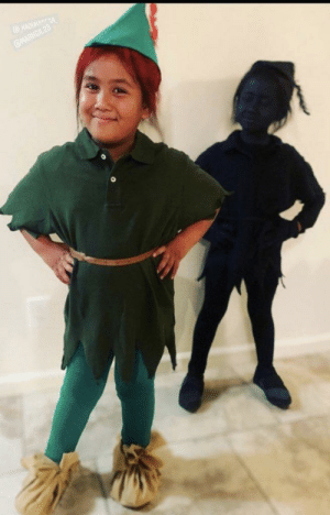 Peter Pan and his shadow played by my nieces. One of them had to be the shadow. She's so proud back there: @HADUKANSA  @HARKGIL 23 Peter Pan and his shadow played by my nieces. One of them had to be the shadow. She's so proud back there