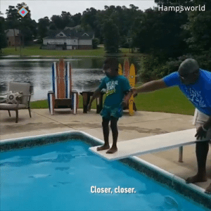 Little boy overcomes his fear of swimming  By hampsworld | IG: Hampsworld  URAL  Closer, closer Little boy overcomes his fear of swimming  By hampsworld | IG