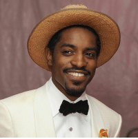 Andre 3000, Birthday, and Funny: Happy Birthday goes out to Andre 3000! He turned 42 today! 🎁🎉🎈 https://t.co/LylHBysWip